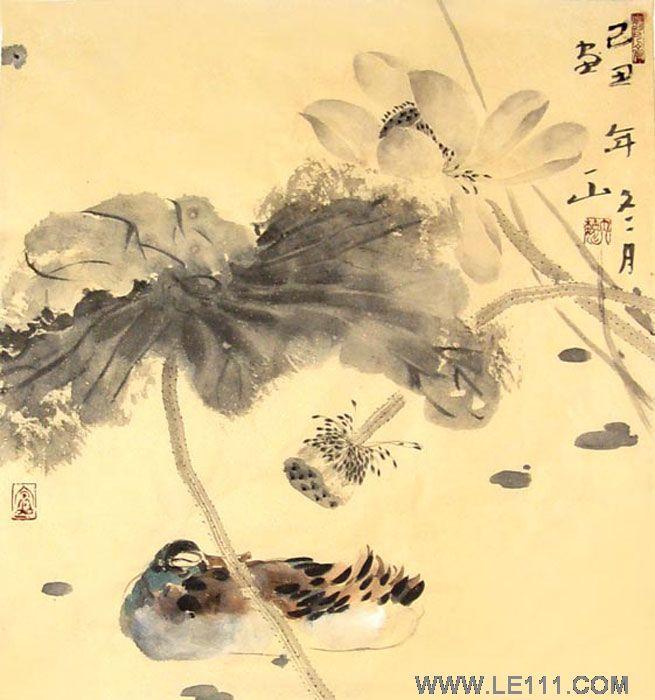 自幼喜爱书法绘画,父母都从事教育事业,亦是书香门第,深受家庭熏陶.
